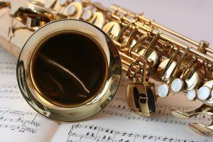KONCERT – Oskar Laznik – saksofon